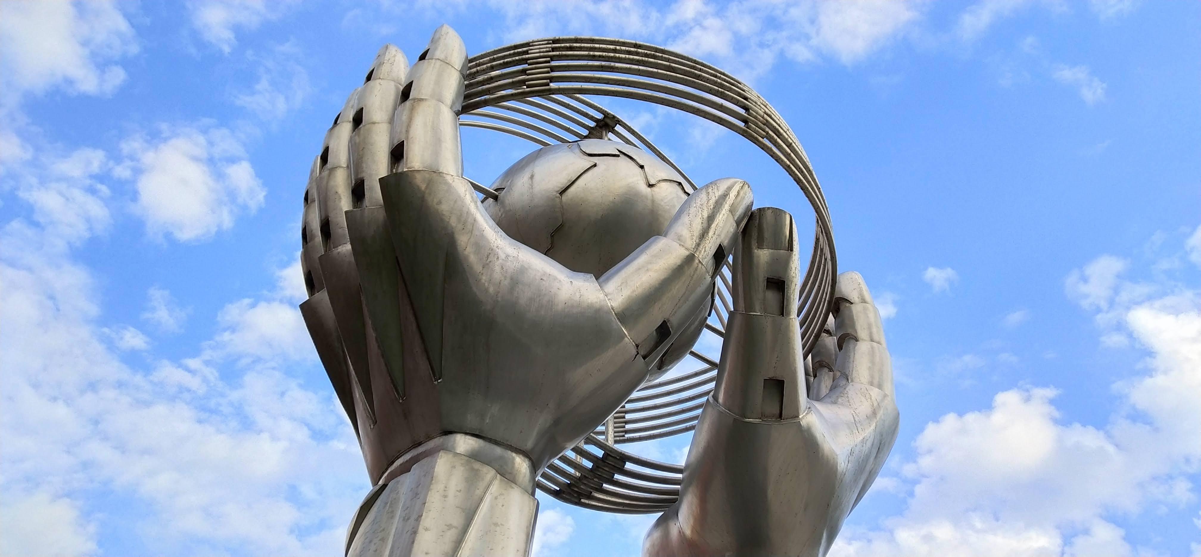 Sha Tin's sculpture Preserve planet earth
